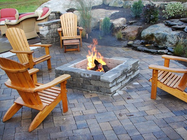 The Tremendous Advantages Of An Outdoor Natural Stone Fire Pit