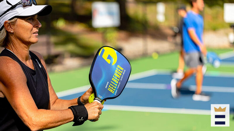 How to choose a pickleball paddle?